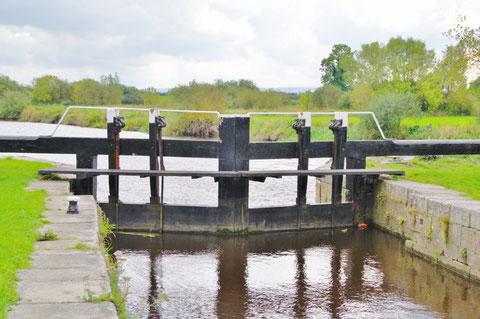 アイルランド 運河 水門