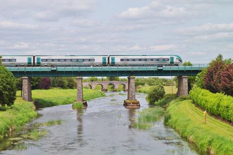 アイルランド 鉄道 電車