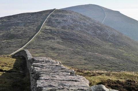 アイルランド 北アイルランド 旅行 ハイキング モーンの壁