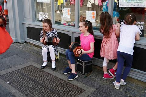 アイルランド ストリート パフォーマンス
