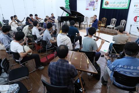 セッションワークショップでは様々な楽器の方が参加していました