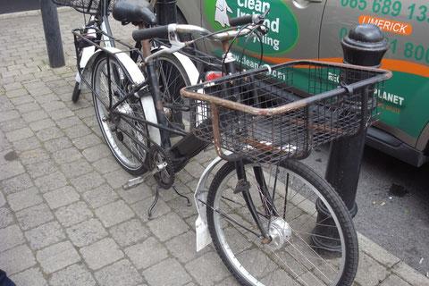 アイルランド 自転車 郵便局