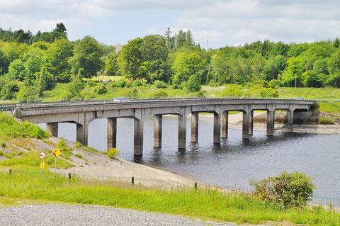 アイルランド 川 橋