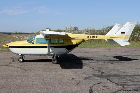 Rundflug mit Cessna 337 Super Skymaster