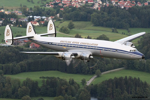 Air-to-Air Super Constellation 27.07.2011