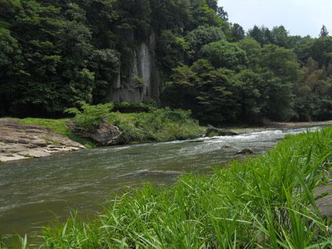 大野寺磨岸仏 2011年撮影