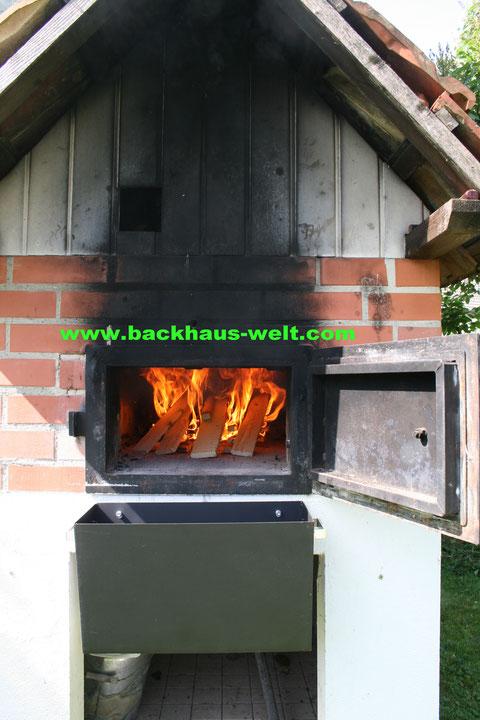 Aschekasten Holzbackofen, Pizzaofen, Backhaus, Steinbackofen