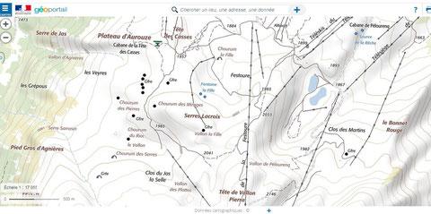 trous, failles , chourum proche plateau d'Aurouze et Pieds gros