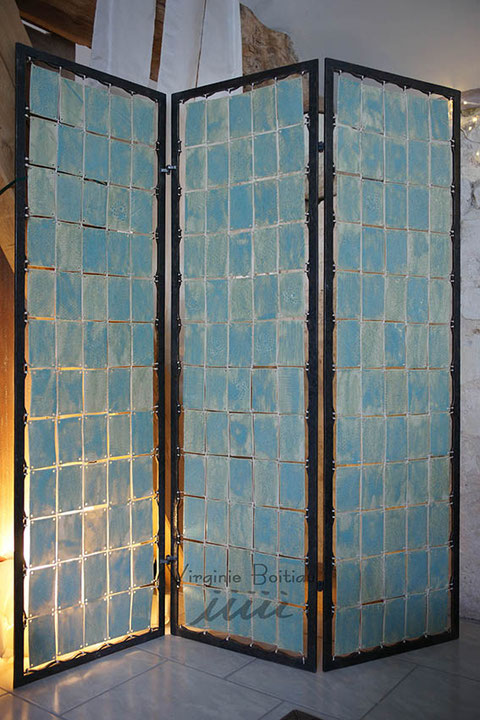 Pièce unique en céramique, paravent réalisé par Virginie Boitiau iiiii