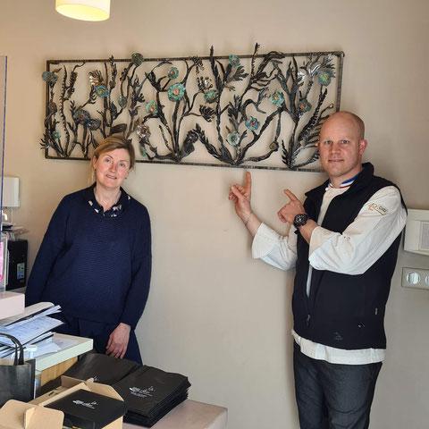 Nadine Ledru en compagnie du chef étoilé Pierre Caillet