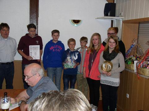 Jan-Henrik Stenner, Jarne Vater, Luka-Martti Lohmann, Kim Ole Stenner, Laura Dammann, Lena Schwarz, Sanja Reidies (von links nach rechts)