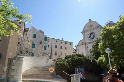 聖ヤコブ大聖堂への階段