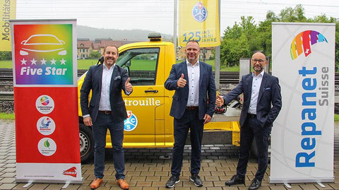 Coopération (de g. à d.): Thomas Nussbaum (Axalta), Jan Spathelf (TCS), Enzo Santarsiero (André Koch AG).