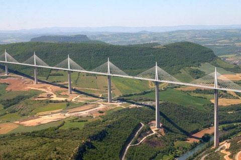 Французский Мост Мийо