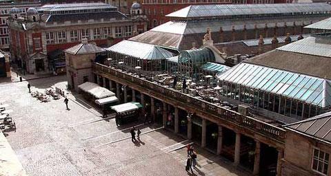 Площадь Ковент-Гарден в Лондоне.
