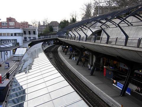 Железнодорожный вокзал в Цюрихе. Швейцария