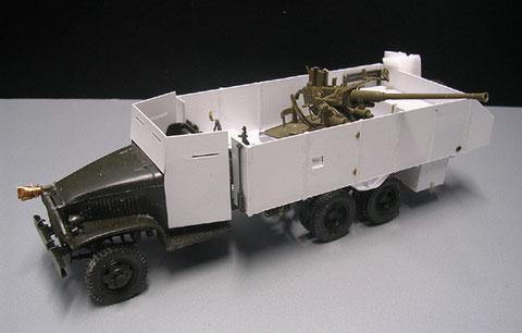 GMC Scratchumbau mit 4cm Bofors Flak von Italeri. Das Modell wurde im Mai 2021 verkauft.