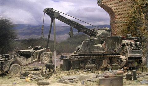 Zwei Stützen entlasteten den am ehemaligen 37mm-Turm fest angebrachten Hebekran.