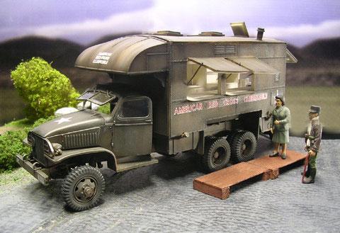 3te Variante: das GMC Clubmobile, eine rollende Bar für die Versorgung der US Soldaten