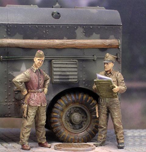 Schottischer und polnischer Offizier- Verbündete auf Zeit.