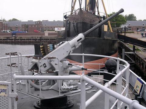 Das Schiff ist voll begehbar und viele Details lassen sich hier am Original studieren.