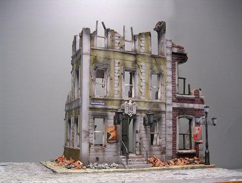 Das Haus der Gauleitung getroffen - wie schade.