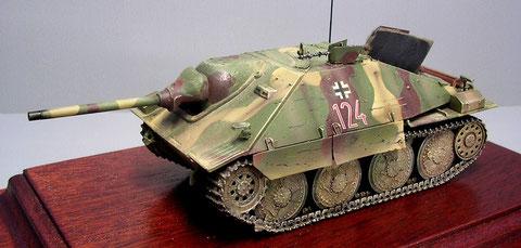 Späte Ausführung des Jagdpanzer 38 vom Januar 1945