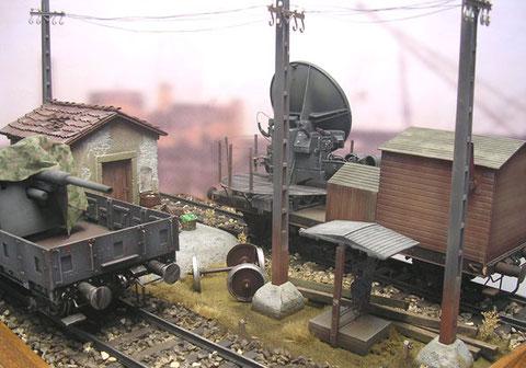 Die Betonmasten sind aus einem alten Ironside-Bahnset.