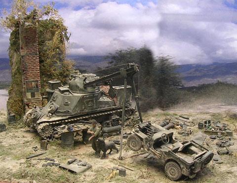 Der Jeep wirkt klein und zerbrechlich am Haken des mächtigen M31 und unter dem noch mächtigeren Steinbogen.