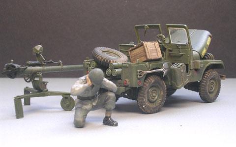 Der Jeep mit dem abgeladenen 106mm Leichtgeschütz