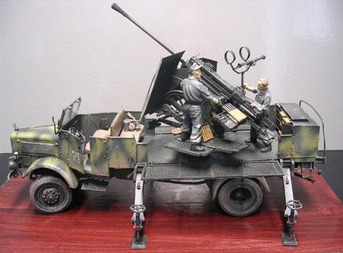 Das fertige Modell: Wehrmacht-Grau mit grünen Tarnstreifen, Altantikküste 1942