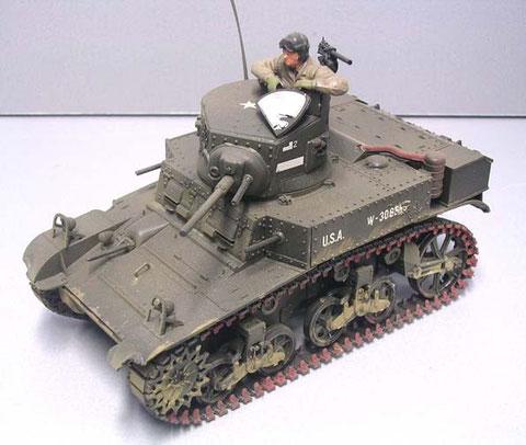 Die meistegebaute M3 Variante dann im Einsatz mit der 37mm Turmkanone und seitlichen Front-MGs