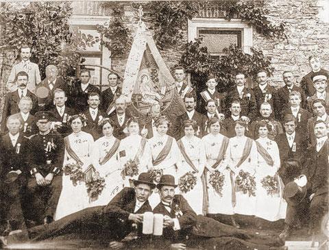 Fahnenweihe 1914 - Patenverein Liederkranz Gerolzhofen