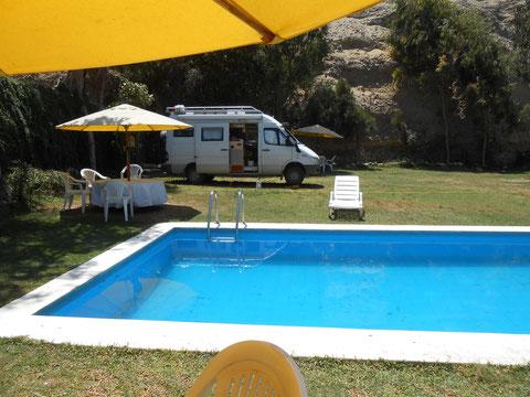 Erholung am Pool des Hotels Huanchaco Garden