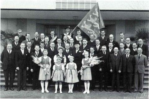 Weihe der ersten Vereinsfahne 1948