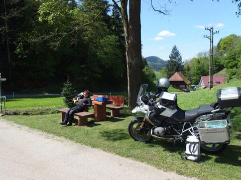 """verschiedene """"Vorbereitungs-Touren"""" halfen uns, die Motorrad-Ausrüstung zu optimieren."""