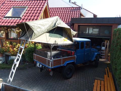 Das Dachzelt funktioniert schon mal
