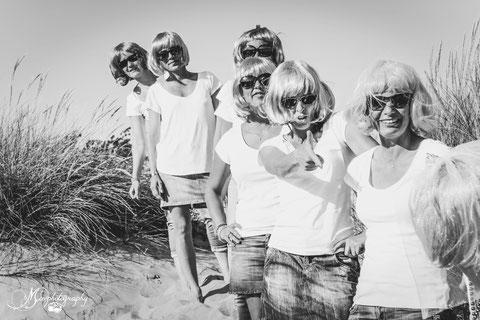 EVJF, enterrement de vie de jeune fille, plage, mer, sable