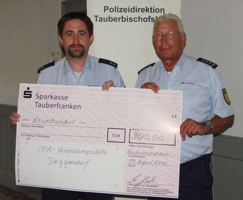 Bild:  Leiter der Verbindungsstelle Main-Tauber, Markus Glock und Schatzmeister der Verbindungsstelle Main-Tauber, Otto Neckermann (v.l.n.r.)
