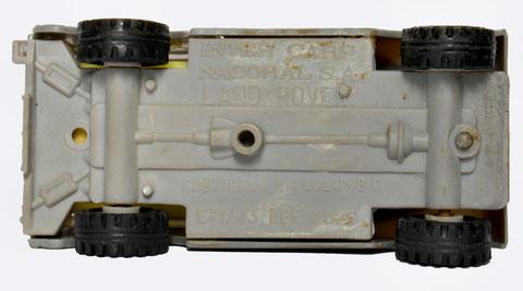 Los Land Rover se fabricaron en Colombia con los moldes metálicos de la serie Inter Cars. (La foto es cortesía de Juan Carlos Rojas, Colombia.)