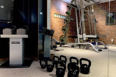 ファーストクラストレーナーズ烏丸通店、京都の四条烏丸パーソナルトレーニングジム