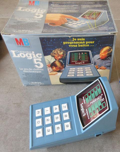 LOGIC 5 MB jeu ancien vintage computer game milton Bradley 1977