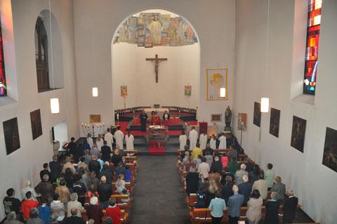 Festgottesdienst am Pfingstsonntag