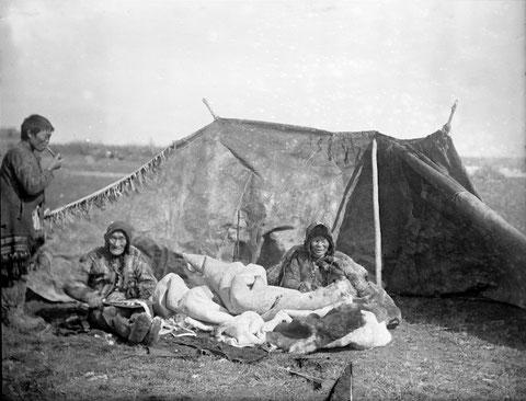 Летнее жилище юкагиров