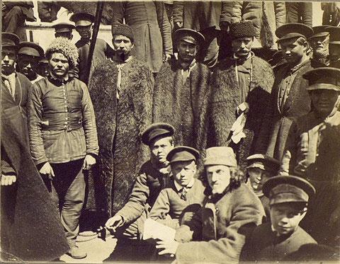Мужчины духоборы. 1899 (фото doukhobor.ru)