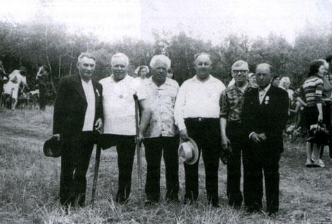 Марков А.И. третий слева. Жатай, 80-е г. Якутия
