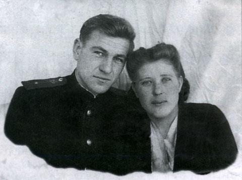 А.К. Бабичев с женой. Жигалово 1951 г