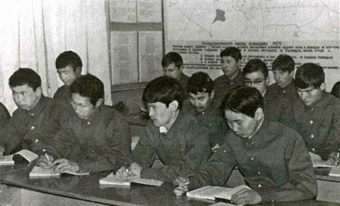 Занятия со студентами на военной кафедре ЯГУ