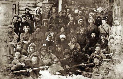 Отряд красноармейцев оборонявший Верхоянск. 1923 год. Якутия