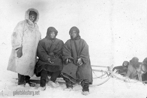 Павел Владимирович Виттенбург (слева), А. Ф. Дицкали, Петр Яковлевич Гальперин